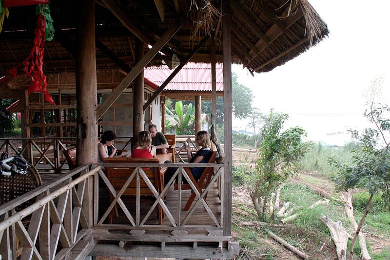 Śniadanie w Ban Huai Xai, Laos