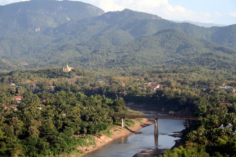 Widok na Nam Khan, Luang Prabang, Laos